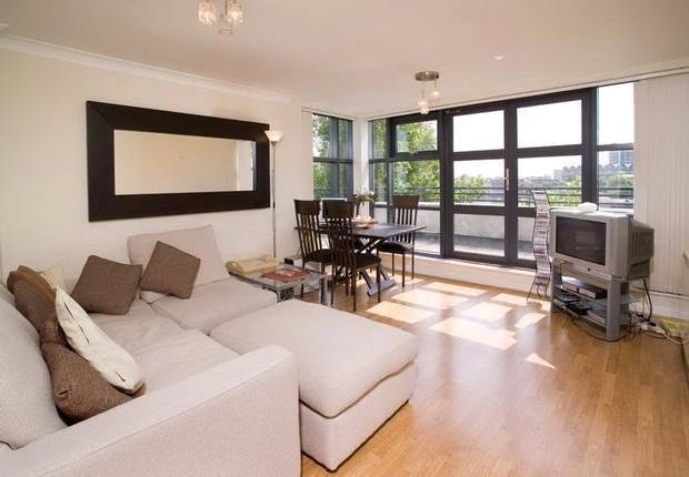 Flat-at-Locks-Keeps-Heights-Brunswick-Quay-London-to-rent-20130325203423[1]